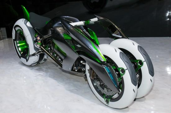 kawasaki presenta en tokio la moto j three wheeler ev. Black Bedroom Furniture Sets. Home Design Ideas