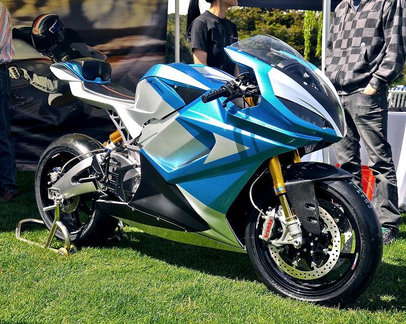 lightning est una moto con km de autonoma