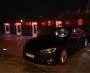 Foto 3 del punto Tesla Supercharger Fátima