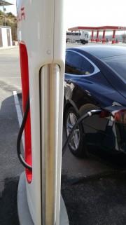 Foto 7 del punto Supercargador Tesla Ariza