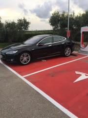Foto 25 del punto Supercargador Tesla Tarragona