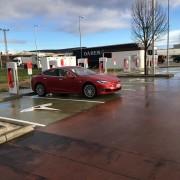 Foto 5 del punto Supercargador Tesla Rivabellosa