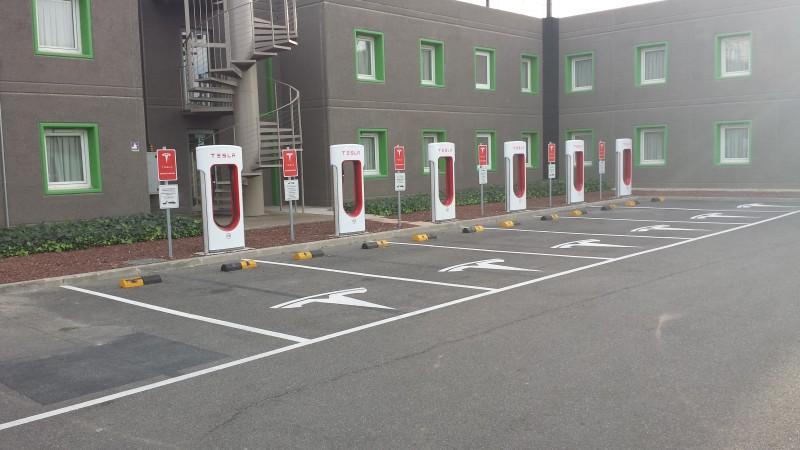 Resultado de imagen de Tesla en Lleida