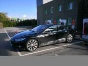 Foto 1 del punto Tesla Supercharger Lleida