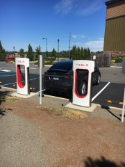 Foto 2 del punto Supercharger Sequim, WA