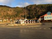 Foto 1 del punto Tesla Superladestasjon Lavik