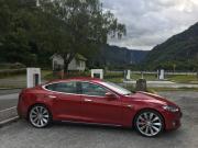 Foto 1 del punto Tesla Supercharging station - AURLAND