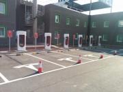 Foto 24 del punto Tesla Supercharger Lleida