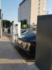 Foto 9 del punto Electrolinera AMB 03 - carrer de la TV3 - Sant Joan Despí