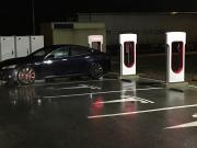 Foto 4 del punto Tesla Supercharger Bembibre