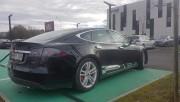 Foto 1 del punto Kyriad Hotel Tesla supercharger