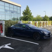 Foto 4 del punto Tesla Supercharger Getafe
