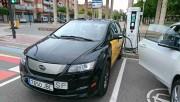 Foto 5 del punto Electrolinera AMB 02 - carrer Baltasar Oriol - Cornellà de Llobregat
