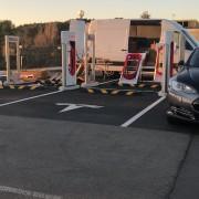 Foto 3 del punto Tesla Supercharger Sant Cugat del Vallés