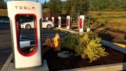 Foto 1 del punto Supercharger Sequim, WA