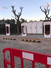 Foto 3 del punto Tesla Supercharger Alcantarilha