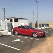 Foto 3 del punto Tesla Supercharger Atalaya del Cañavate