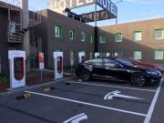 Foto 10 del punto Tesla Supercharger Lleida