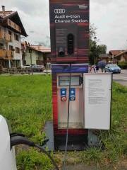 Foto 1 del punto Pinzolo Audi Charge Station