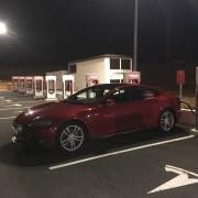 Foto 2 del punto Tesla Supercharger Atalaya del Cañavate