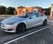 Foto 1 del punto Tesla Supercharger Orange
