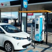 Foto 8 del punto Estación de recarga IBIL Gasolinera Repsol Alovera