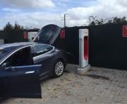 Foto 2 del punto Tesla Supercharger Fátima