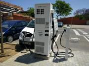 Foto 15 del punto Electrolinera AMB 02 - carrer Baltasar Oriol - Cornellà de Llobregat