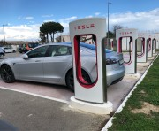 Foto 2 del punto Supercargador Tesla Hotel Novotel Narbonne Francia
