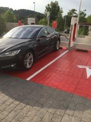 Foto 19 del punto Supercargador Tesla Girona