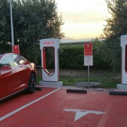 Foto 20 del punto Supercargador Tesla Tarragona